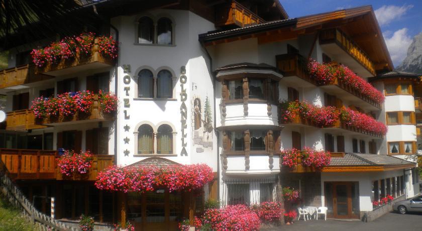 Hotel-La-Soldanella
