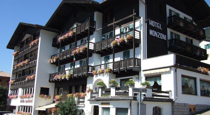 Hotel-Monzoni